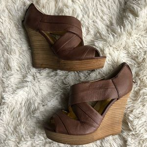 Anthropologie Seychelles Brown Leather wedges 8